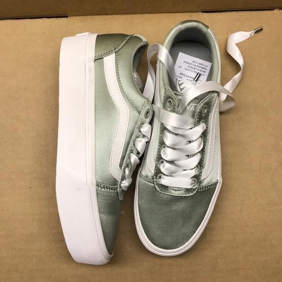 204881d418b8 Vans Shoes - Vans shoes